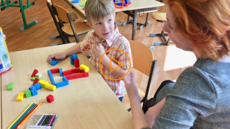 ČRo1: Zápisy do 1. tříd budou letos bez dětí. Jak své dítě správně přihlásit?